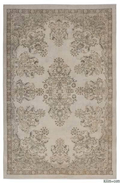 """Turkish Vintage Area Rug - 6'11"""" x 10'6"""" (83 in. x 126 in.)"""