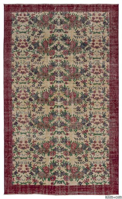 """Turkish Vintage Area Rug - 5'3"""" x 8'5"""" (63 in. x 101 in.)"""