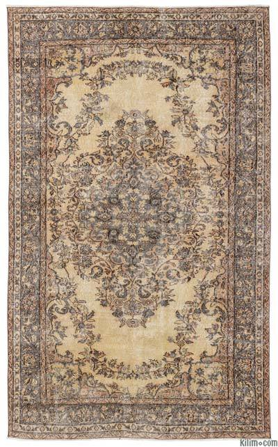 """Turkish Vintage Area Rug - 5'6"""" x 9' (66 in. x 108 in.)"""