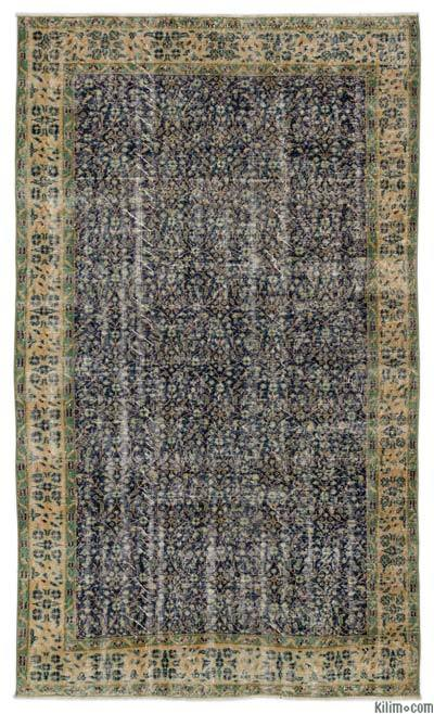 """Turkish Vintage Area Rug - 5'1"""" x 8'6"""" (61 in. x 102 in.)"""