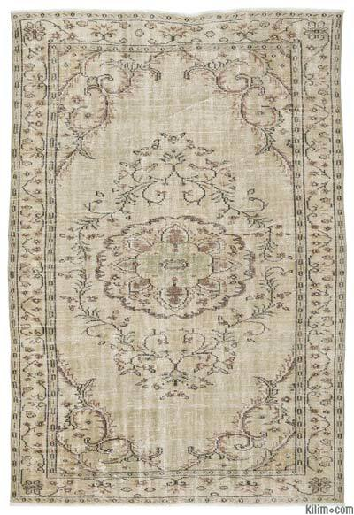 """Turkish Vintage Area Rug - 6'1"""" x 8'11"""" (73 in. x 107 in.)"""