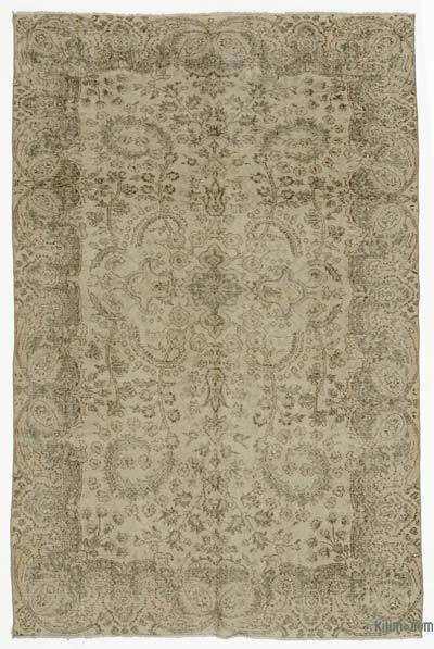 """Turkish Vintage Area Rug - 5'7"""" x 8'6"""" (67 in. x 102 in.)"""