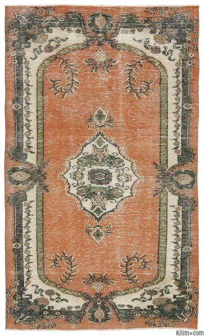 """Turkish Vintage Area Rug - 5'1"""" x 8'7"""" (61 in. x 103 in.)"""