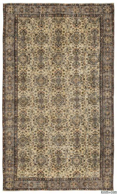 """Turkish Vintage Area Rug - 5'7"""" x 9'5"""" (67 in. x 113 in.)"""