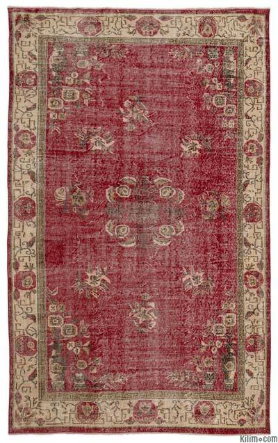 """Turkish Vintage Area Rug - 5' 7"""" x 9' 1"""" (67 in. x 109 in.)"""
