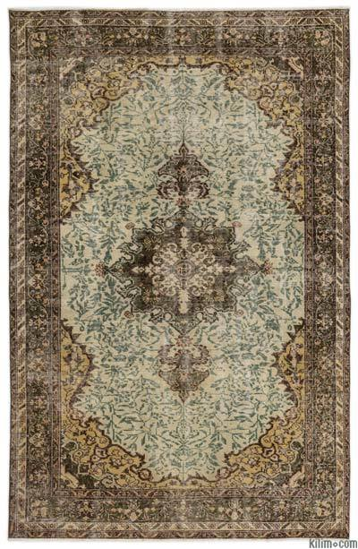 "Turkish Vintage Area Rug - 5' 5"" x 8' 3"" (65 in. x 99 in.)"
