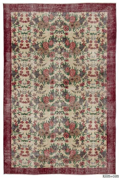 """Turkish Vintage Area Rug - 5'7"""" x 8'5"""" (67 in. x 101 in.)"""
