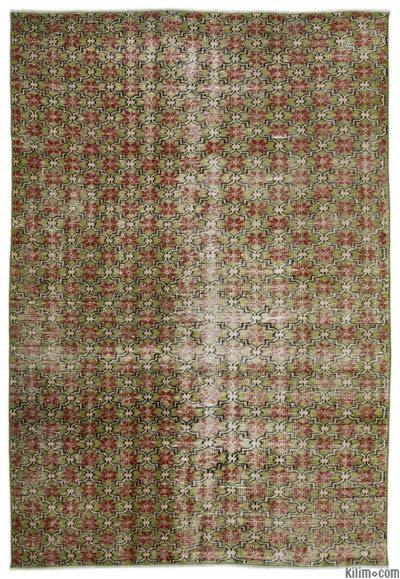 """Turkish Vintage Area Rug - 5'7"""" x 8'3"""" (67 in. x 99 in.)"""