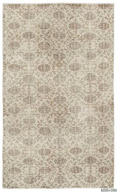 """Turkish Vintage Area Rug - 4'9"""" x 7'10"""" (57 in. x 94 in.)"""