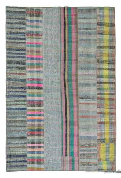 "Turkish Chaput Patchwork Rug - 5' 10"" x 8' 10"" (70 in. x 106 in.)"
