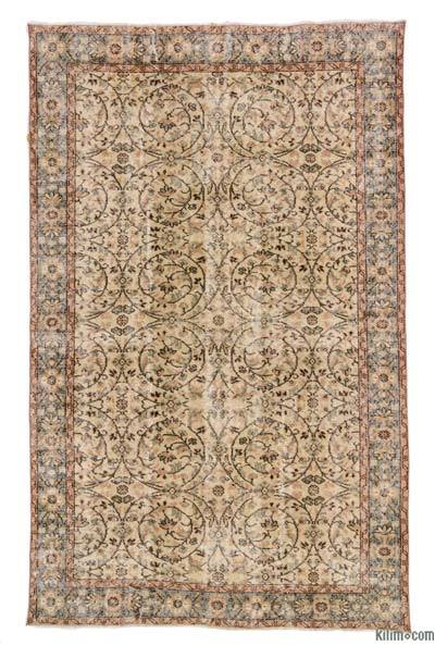 """Turkish Vintage Area Rug - 5' 7"""" x 8' 11"""" (67 in. x 107 in.)"""