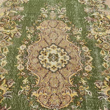 """Vintage Turkish Hand-Knotted Rug - 5' 6"""" x 8' 10"""" (66 in. x 106 in.) - K0023047"""