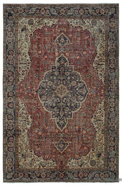 """Turkish Vintage Area Rug - 6'9"""" x 10'3"""" (81 in. x 123 in.)"""