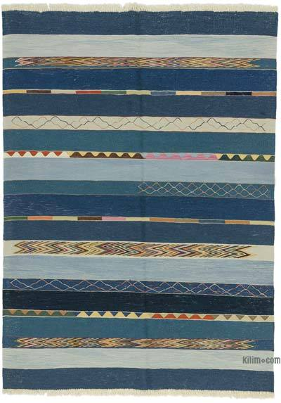 "New Handwoven Turkish Kilim Rug - 5' 9"" x 8'  (69 in. x 96 in.)"