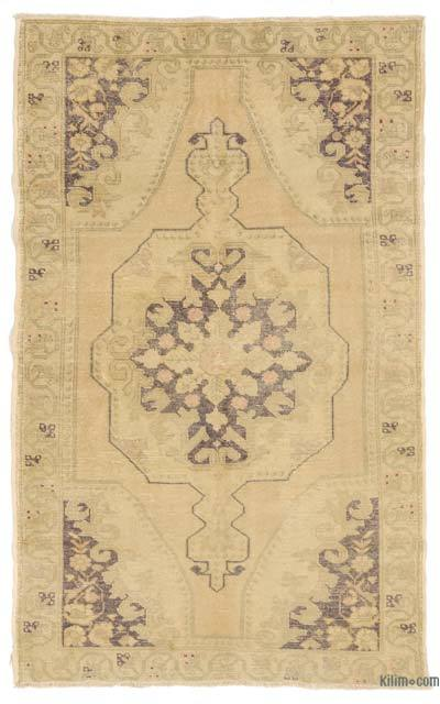 """Turkish Vintage Area Rug - 4' 8"""" x 7' 8"""" (56 in. x 92 in.)"""