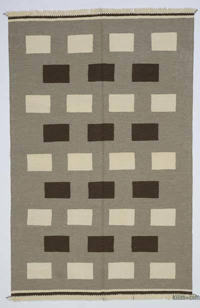 "New Handwoven Turkish Kilim Rug - 5'2"" x 7'10"" (62 in. x 94 in.)"