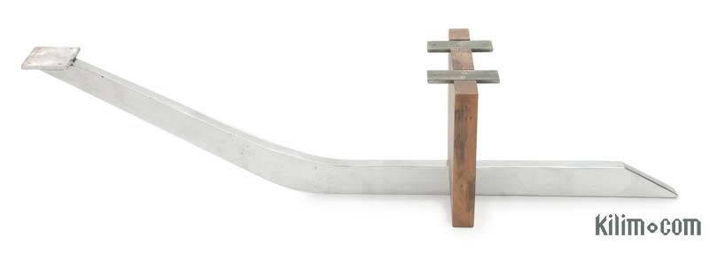 Aluminium Sand Cast Coffee Table Leg (excluding wooden piece) - K0033995