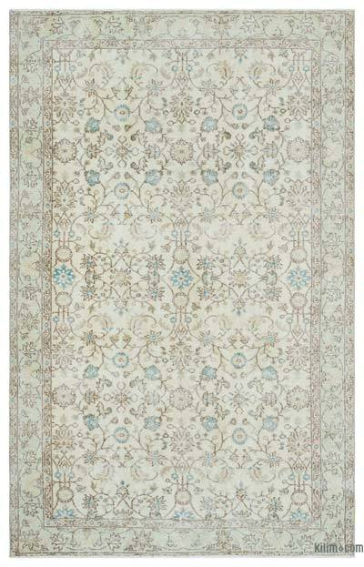 """Turkish Vintage Area Rug - 5'5"""" x 8'7"""" (65 in. x 103 in.)"""