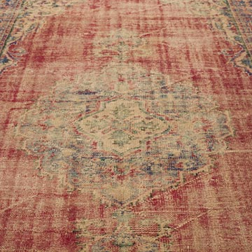 """Vintage Turkish Hand-Knotted Rug - 5' 10"""" x 8' 10"""" (70 in. x 106 in.) - K0035543"""
