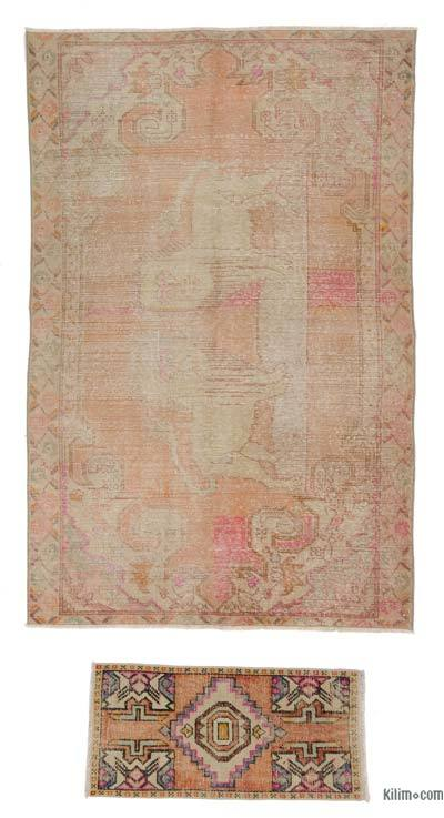 """Turkish Vintage Area Rug - 4' 4"""" x 6' 9"""" (52 in. x 81 in.)"""