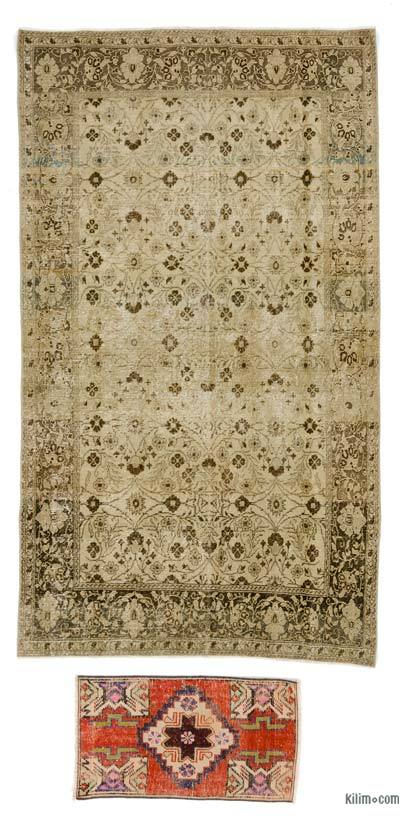 """Turkish Vintage Area Rug - 4' 2"""" x 6' 8"""" (50 in. x 80 in.)"""