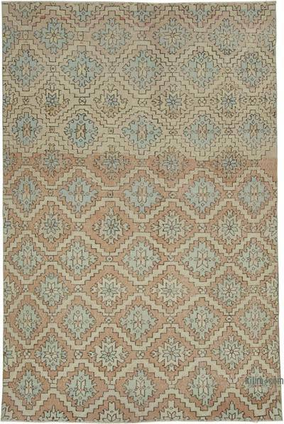 "Retro Vintage Area Rug - 5' 11"" x 9' 4"" (71 in. x 112 in.)"