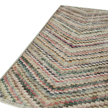 """Vintage Turkish Hand-Knotted Rug - 4' 6"""" x 9' 1"""" (54 in. x 109 in.) - K0038333"""
