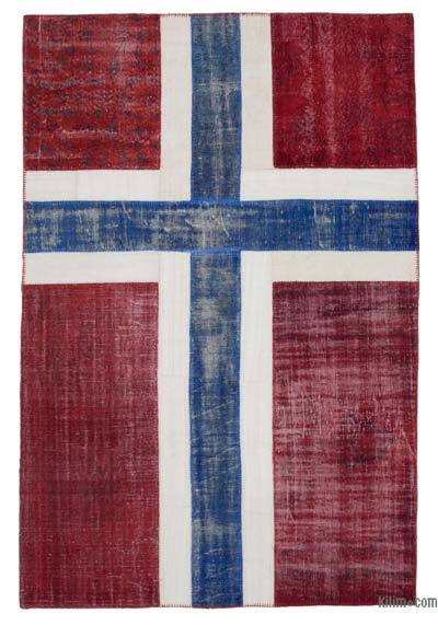 "Patchwork Norwegian Flag Rug - 6' 6"" x 9' 5"" (78 in. x 113 in.)"