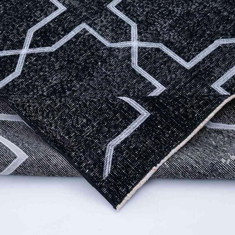 Siyah İşlemeli ve Boyalı El Dokuma Vintage Halı - 143 cm x 393 cm - K0038706