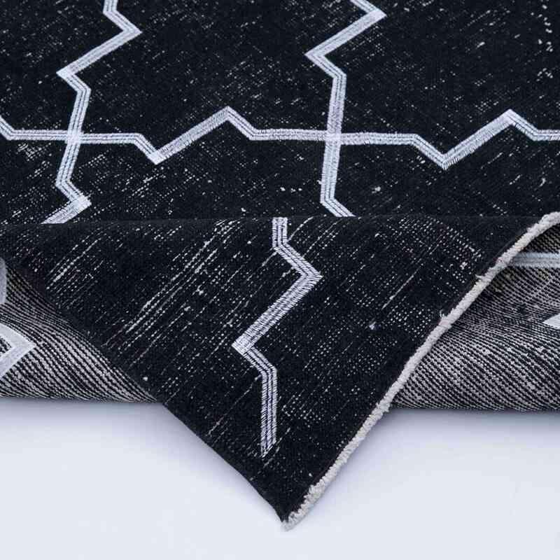 Siyah İşlemeli ve Boyalı El Dokuma Vintage Halı - 145 cm x 388 cm - K0038783
