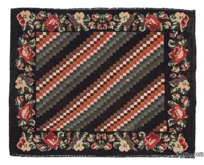 "Vintage Handwoven Moldovan Kilim Area Rug - 5'  x 6' 5"" (60 in. x 77 in.)"