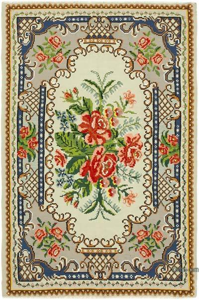 "Vintage Handwoven Moldovan Kilim Area Rug - 5' 7"" x 8' 3"" (67 in. x 99 in.)"
