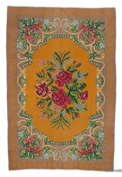 "Vintage Handwoven Moldovan Kilim Area Rug - 5'9"" x 8'8"" (69 in. x 104 in.)"