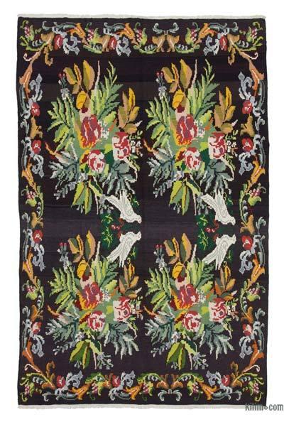 "Vintage Handwoven Moldovan Kilim Area Rug - 6' x 9'7"" (72 in. x 115 in.)"