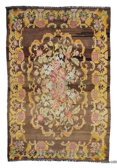 "Vintage Handwoven Moldovan Kilim Area Rug - 6' x 8'10"" (72 in. x 106 in.)"