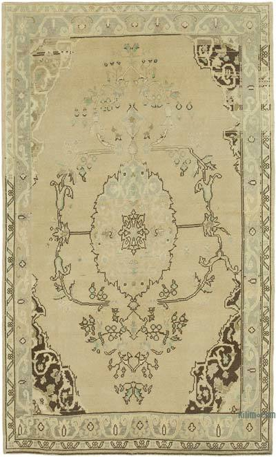 """All Wool Hand Knotted Vintage Area Rug - 5' 1"""" x 8' 7"""" (61 in. x 103 in.)"""