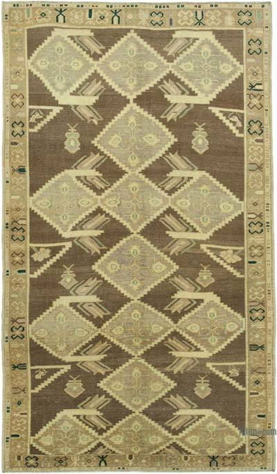 "All Wool Hand Knotted Vintage Area Rug - 4' 11"" x 8' 4"" (59 in. x 100 in.)"