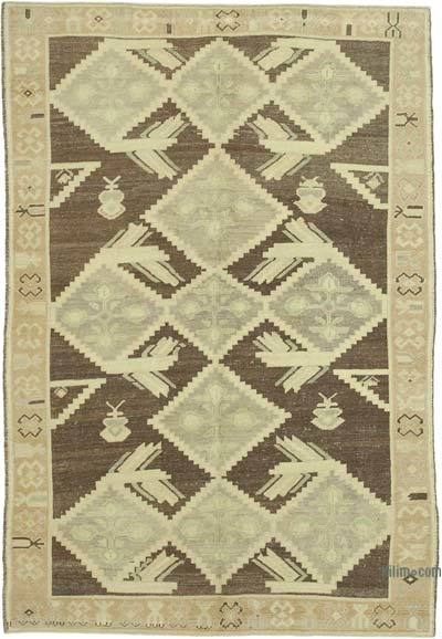 "All Wool Hand Knotted Vintage Area Rug - 4' 10"" x 7' 1"" (58 in. x 85 in.)"