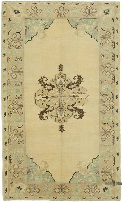 "All Wool Hand Knotted Vintage Area Rug - 4' 5"" x 7' 6"" (53 in. x 90 in.)"