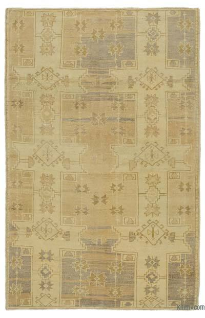 "All Wool Hand Knotted Vintage Area Rug - 4' 4"" x 6' 8"" (52 in. x 80 in.)"