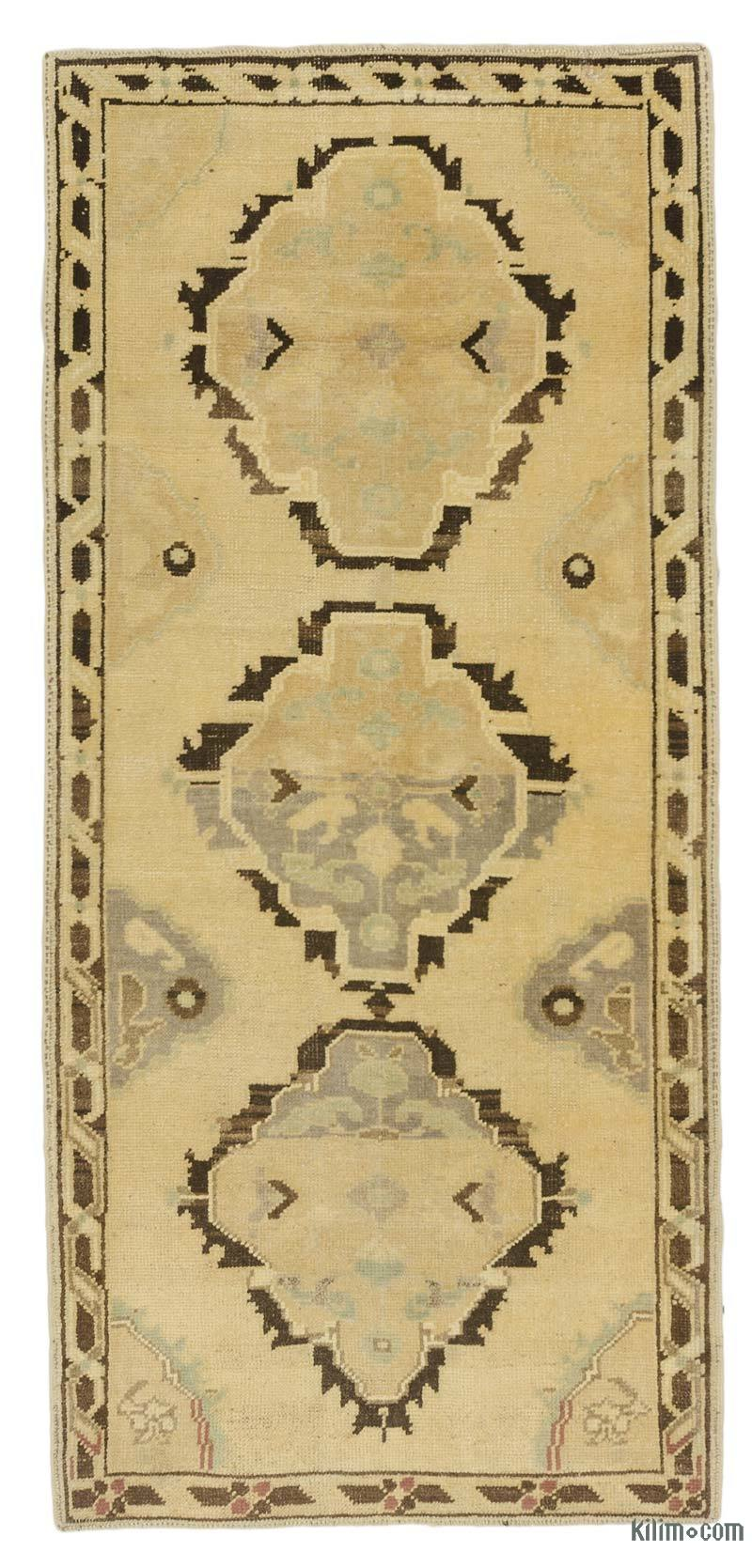 """Beige, Brown All Wool Hand-Knotted Vintage Turkish Rug - 2' 9"""" x 5' 4"""" (33 in. x 64 in.) - K0039936"""