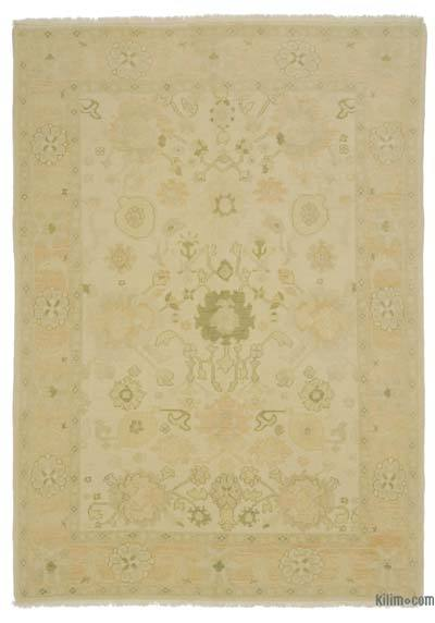"""New Hand Knotted All Wool Oushak Rug - 5' 7"""" x 7' 10"""" (67 in. x 94 in.)"""