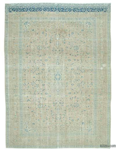 """Beige Over-dyed Vintage Rug - 8' 10"""" x 11' 10"""" (106 in. x 142 in.)"""