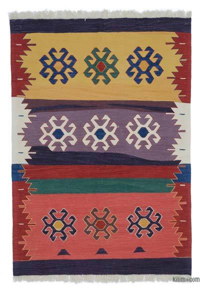 "New Handwoven Turkish Kilim Rug - 4' 1"" x 5' 10"" (49 in. x 70 in.)"