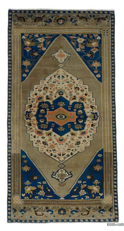 """Turkish Vintage Area Rug - 3'6"""" x 6'8"""" (42 in. x 80 in.)"""