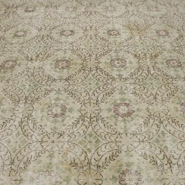 """Vintage Turkish Hand-Knotted Rug - 6' 10"""" x 10' 6"""" (82 in. x 126 in.) - K0048971"""
