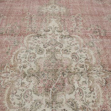 """Vintage Turkish Hand-Knotted Rug - 6' 11"""" x 10' 4"""" (83 in. x 124 in.) - K0049155"""