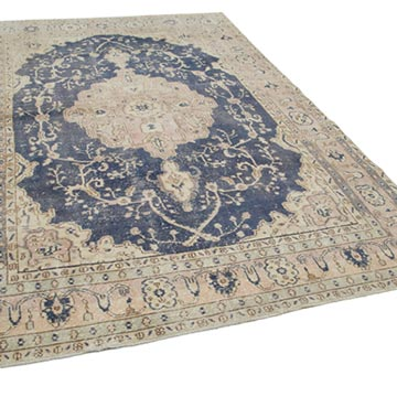 """Vintage Turkish Hand-Knotted Rug - 6' 8"""" x 10' 10"""" (80 in. x 130 in.) - K0049185"""