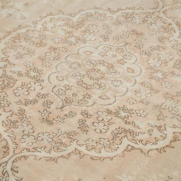 """Vintage Turkish Hand-Knotted Rug - 6' 7"""" x 9' 8"""" (79 in. x 116 in.) - K0049213"""