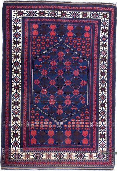 "Turkish Vintage Rug - 4' 11"" x 7' 1"" (59 in. x 85 in.)"